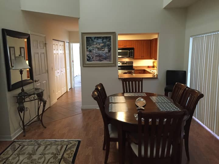 Town home with 2 car garage can sleep 6
