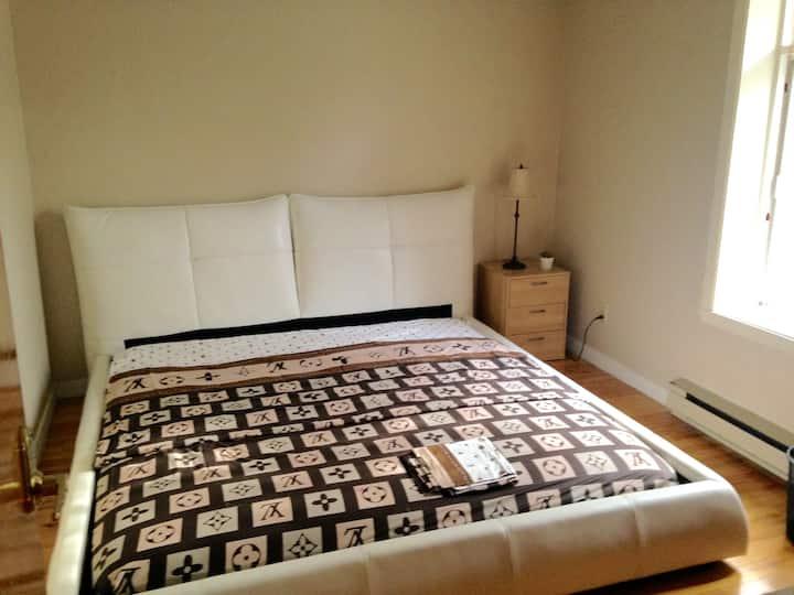 Superbe chambre en plein coeur du plateau!!!