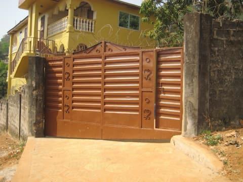 Conteh Lodge -Private Room  #3