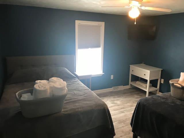2nd Bedroom - Doorway