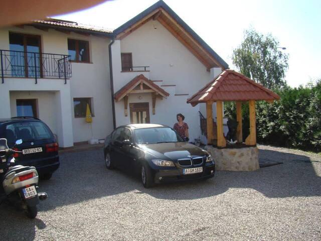 Pension Charlie Prague  Doubleroom - Praga - Bed & Breakfast