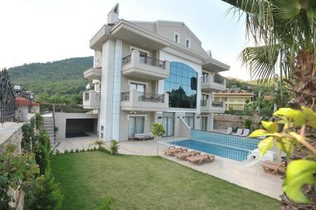 Villa Mete - İçmeler Belediyesi