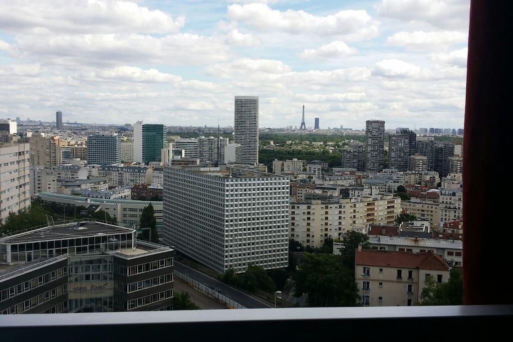 Agr able studio la d fense appartements louer for Piscine ile de puteaux
