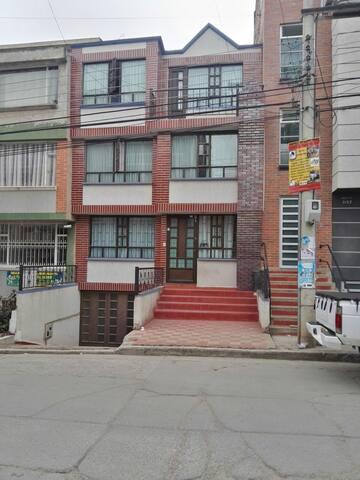 Habitación privada en el Norte de la ciudad