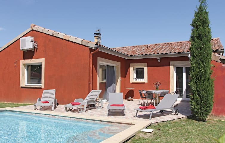 Holiday cottage with 3 bedrooms on 100 m² in Ancone