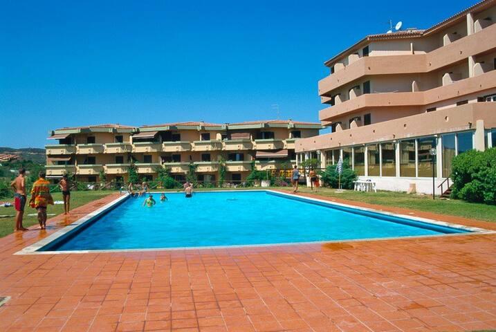 TERZA SPIAGGIA & LA FILASCA-3 room apartment 6 PAX