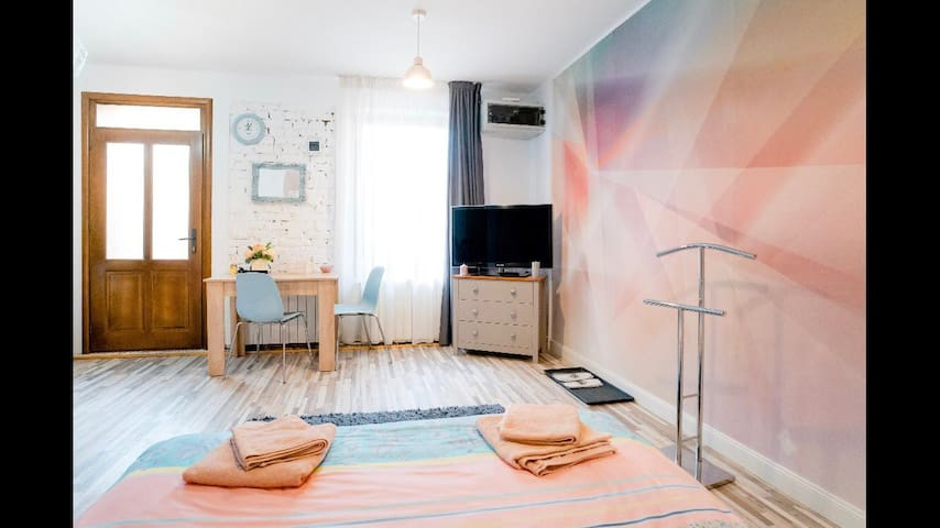 Central Apartment for 2 - Big & Confortable