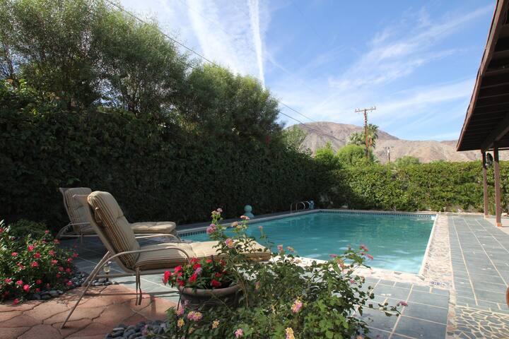 Beautiful Private Palm Desert home