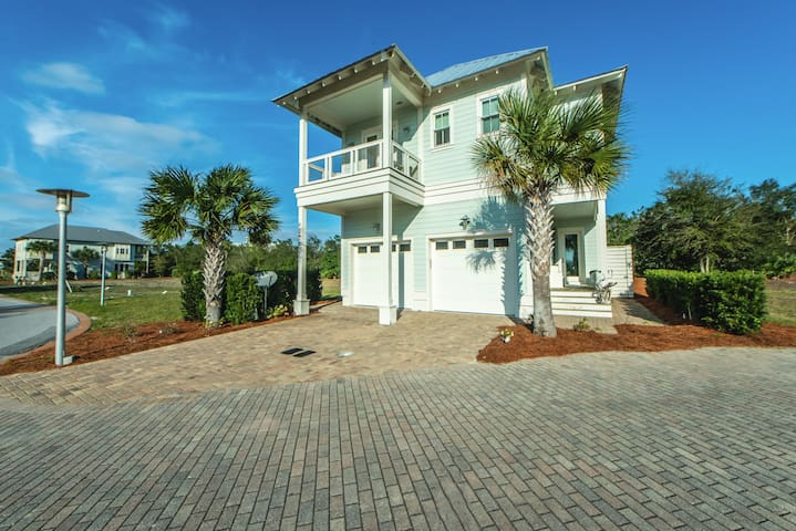 ☼3BR Day Is Done on 30A☼ Book 4 Christmas! near Gulf Place- Fab Pool-Porch Swing