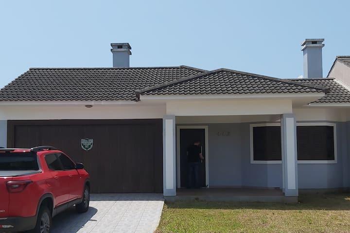 Casa aconchegante em Noiva do Mar Xangri-la