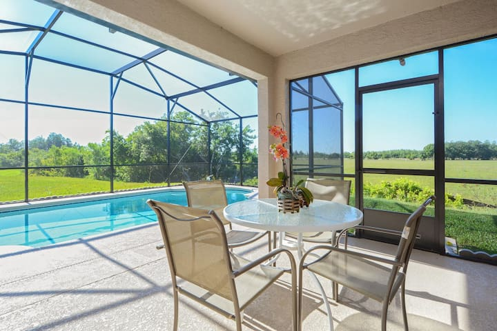 Orlando Kissimmee home near Disney and great views