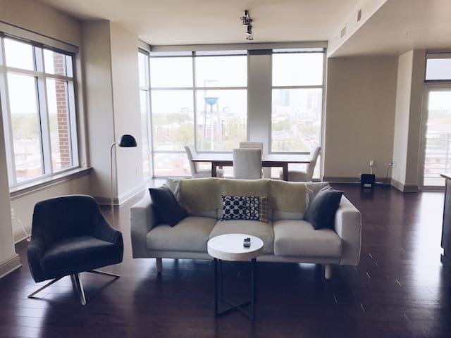 Stunning South End apt overlooking city skyline - Charlotte - Daire