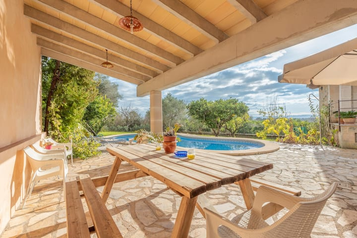 """Charming Villa """"Ca Na Marina"""" with Mountain View, Air Conditioning, Wi-Fi & Pool; Parking Available"""
