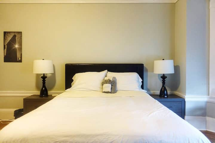 ~NEW~ Master Room in Remodeled APT Downtown SF