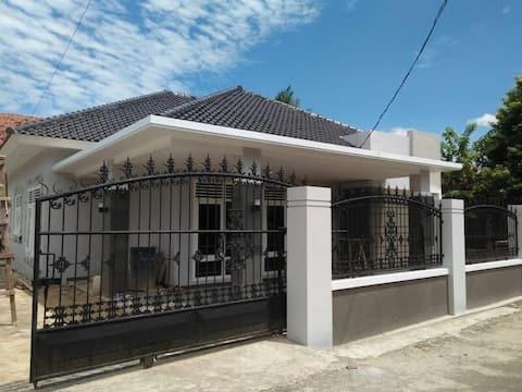 55 Residence |  7 BR House
