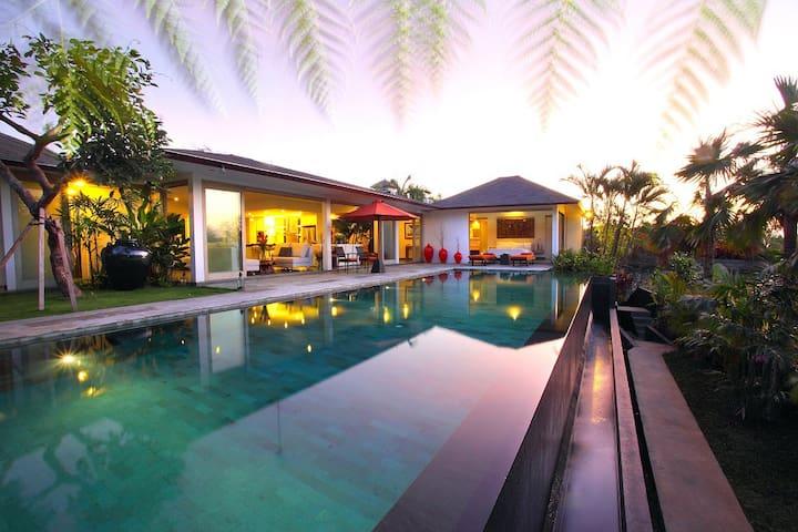 """75% OFF""  3 BR AMERTHA VILLA W/Jungle & Pool view"
