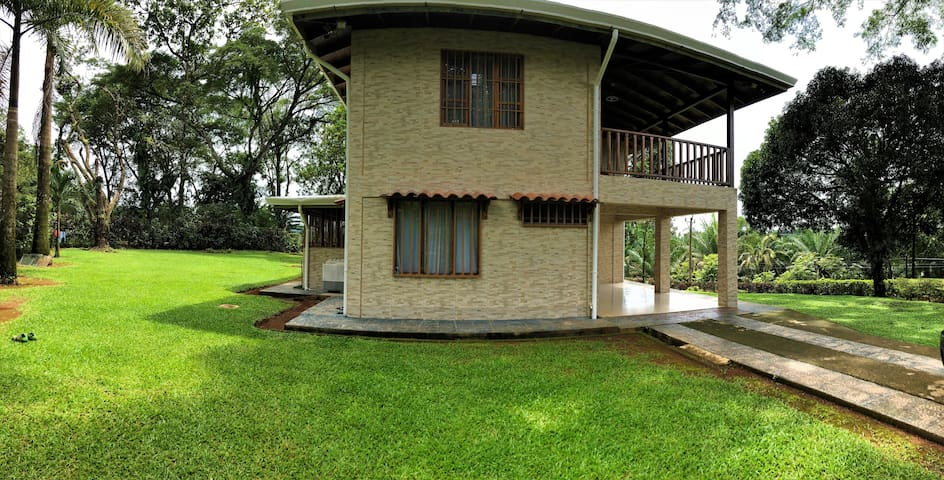 Experience Costa Rica Style Living