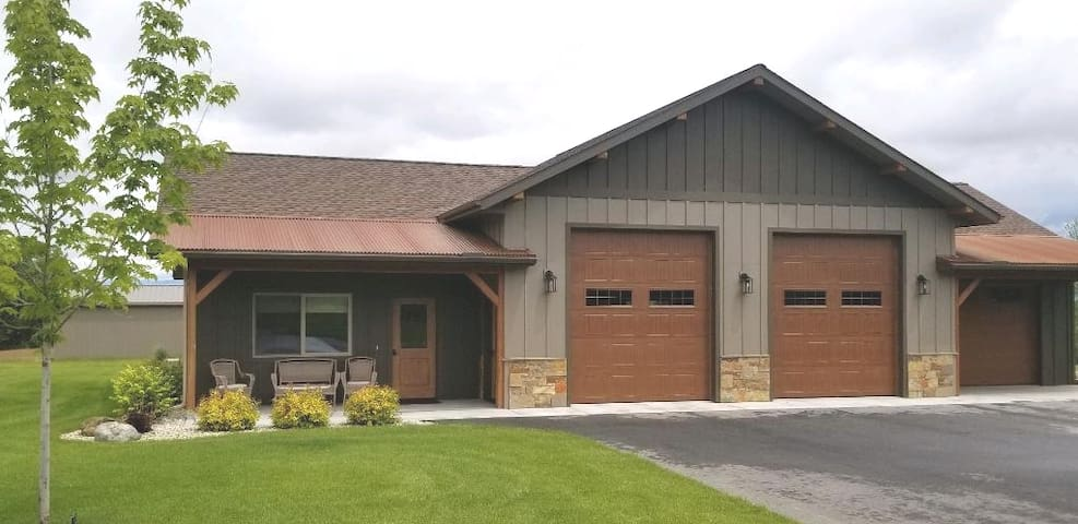 Silhouette Ridge Guest house
