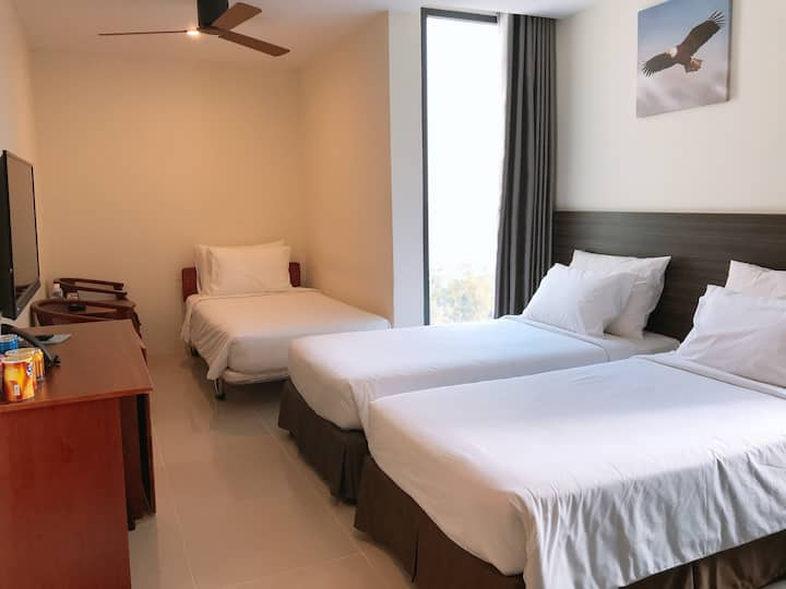 Deluxe Triple Room Seaview