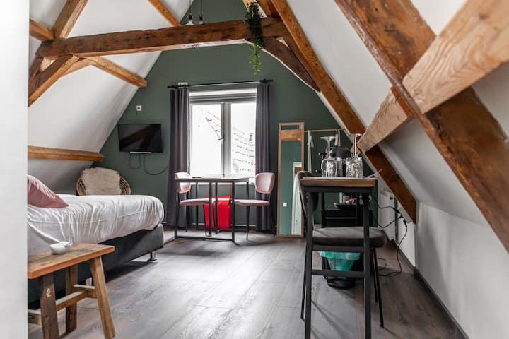 B&B 1001 Nacht: Romantic Attic Room