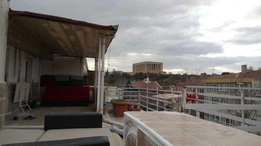 Room for rent in the city center
