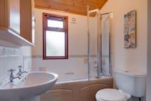 A Beautiful 4 Bedroom Lake District Hot Tub Lodge.