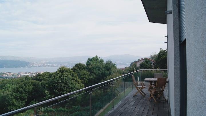 Una casa con vistas en la ría de Vigo.