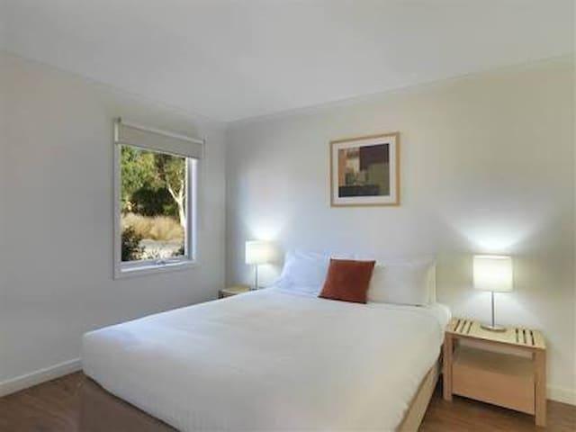 Resort style private villa. - Cowes - บ้าน