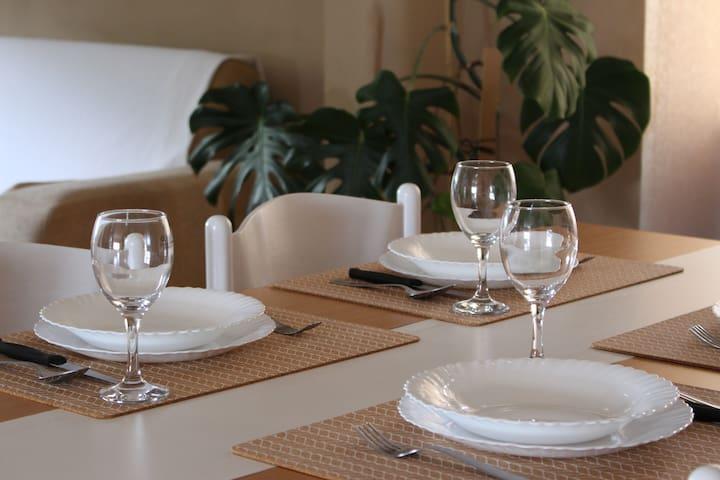 Dining - detail
