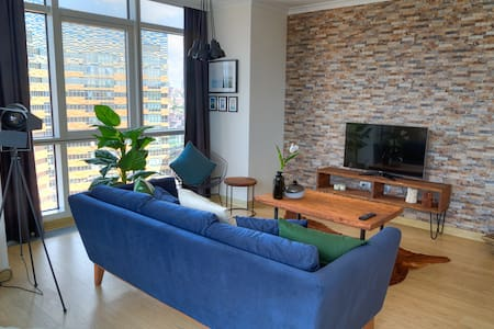 Spacious, Pool View 2 Bedroom Residence (Varyap) - Ataşehir