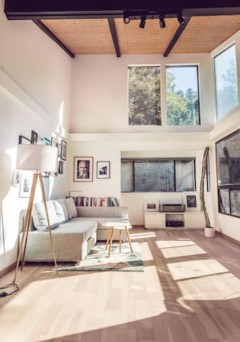 Office Room with reading nook