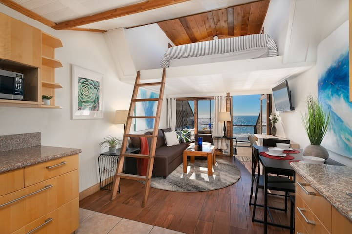 Oceanfront Malibu - Million Dollar Ocean Views!