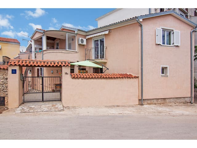Apartman Nensi
