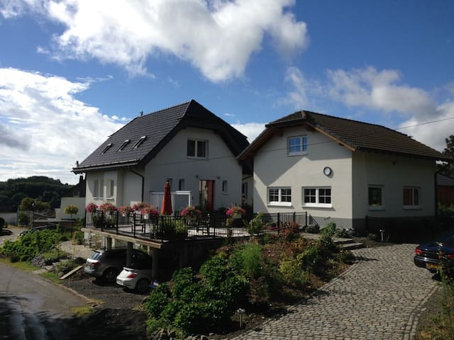 Cosy Holidayhouse in Hannebach. - Spessart - House