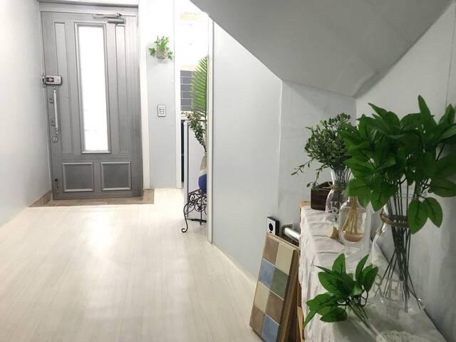 오동도일출공간의미(방2개,주방,화장실,전용출입구,셀프체크인)