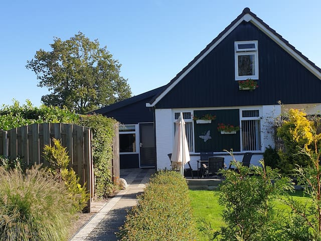 Private guesthouse  near lake IJsselmeer....