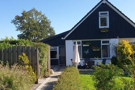 Private guesthouse  near lake IJsselmeer....