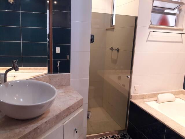 Suite com banheira na PRAIA de Copacabana