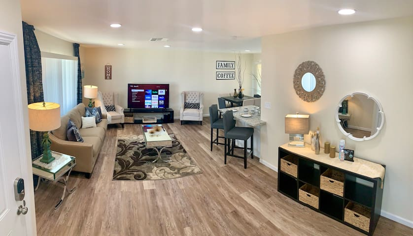 Newly Remodeled Home In The Heart of Bakersfield