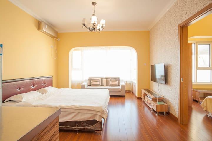 【雲舍】星海-豪华暖色装修一室一厅双床房