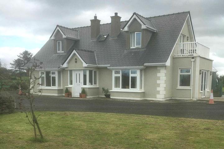 Enniscrone Ballina Country Apartment
