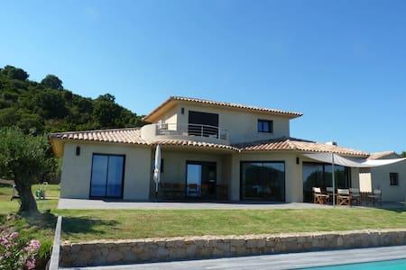 Villa - vue mer 180° - piscine chauffée - jardin - Conca  - Villa