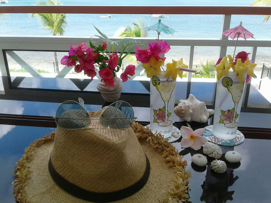 """""""Welcome.""""♡check in, Happy Home , Enjoy- Relax....on the balcony"""