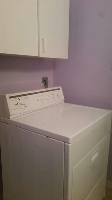 Convenient Washer & Dryer
