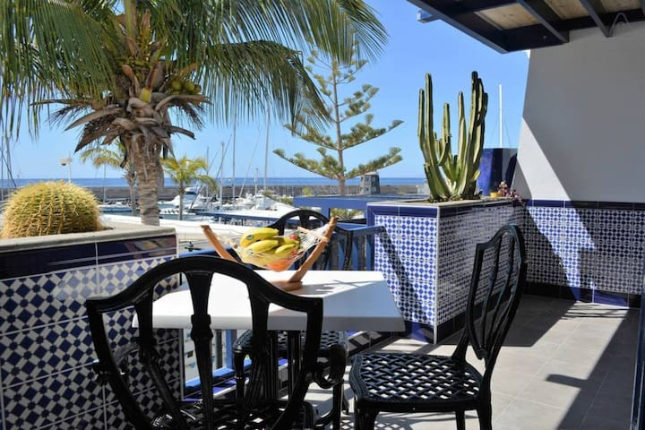VACATIONAL APARTAMENT  IN  PUERTO  CALERO