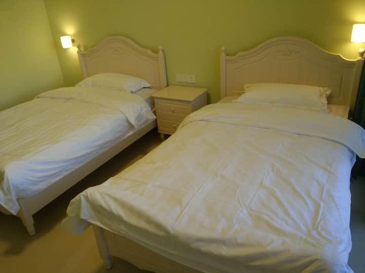 槟榔谷呀诺达雨林蔡园温馨双床房205房