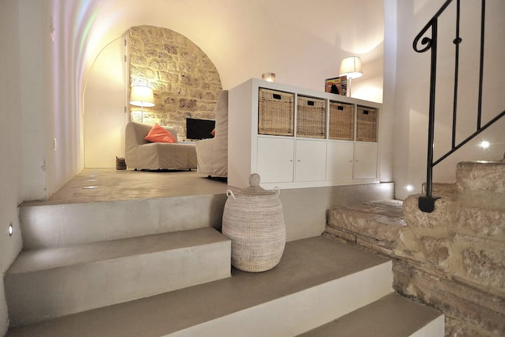 Authentic Cave House in the heart of the Village!