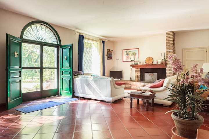 Wonderful country Villa - Castel San Pietro Terme - Casa de camp