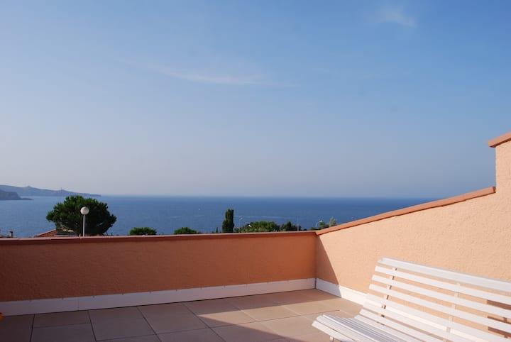Magnifique duplex vue sur mer, 3 chambres, 2 sdb.
