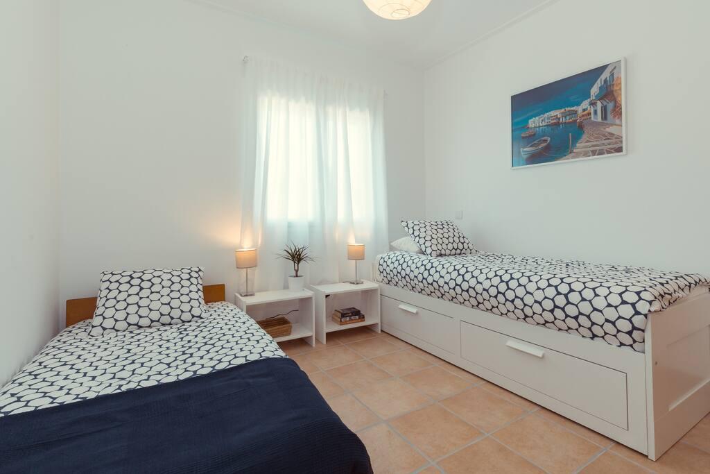 room #2 option: single beds
